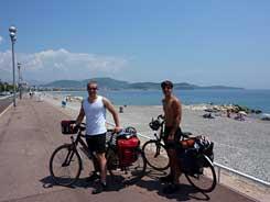 Vertrek aan de kust van Nice